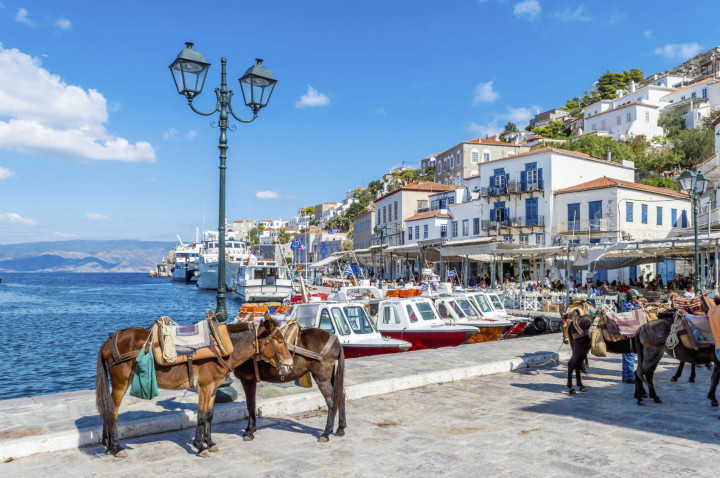 Saronic Gulf islands day cruise from Athens