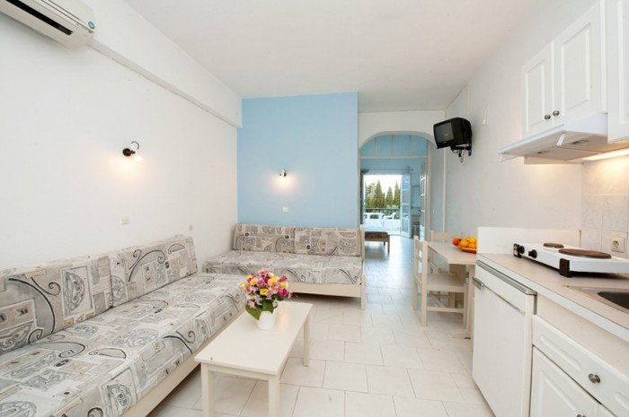Mirabello apartment (sleeps 4)