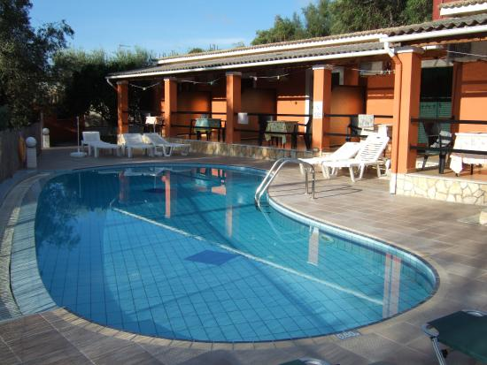 Katia studios con piscina
