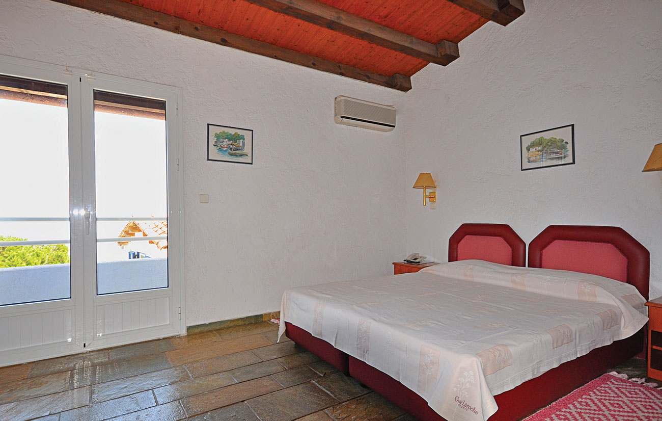 Paxos beach standard room