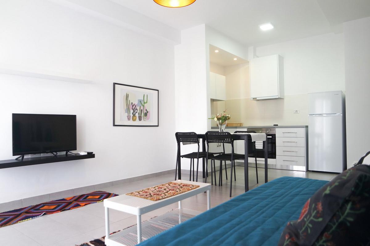 Sea n' sol apartments